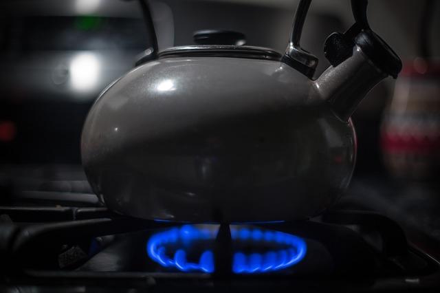 czajnik na gaz, czajnik gazowy, czajnik gazowy czy elektryczny